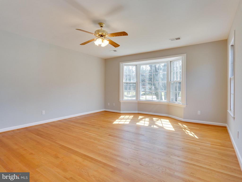 Bedroom (Master) - 11414 WAPLES MILL RD, OAKTON