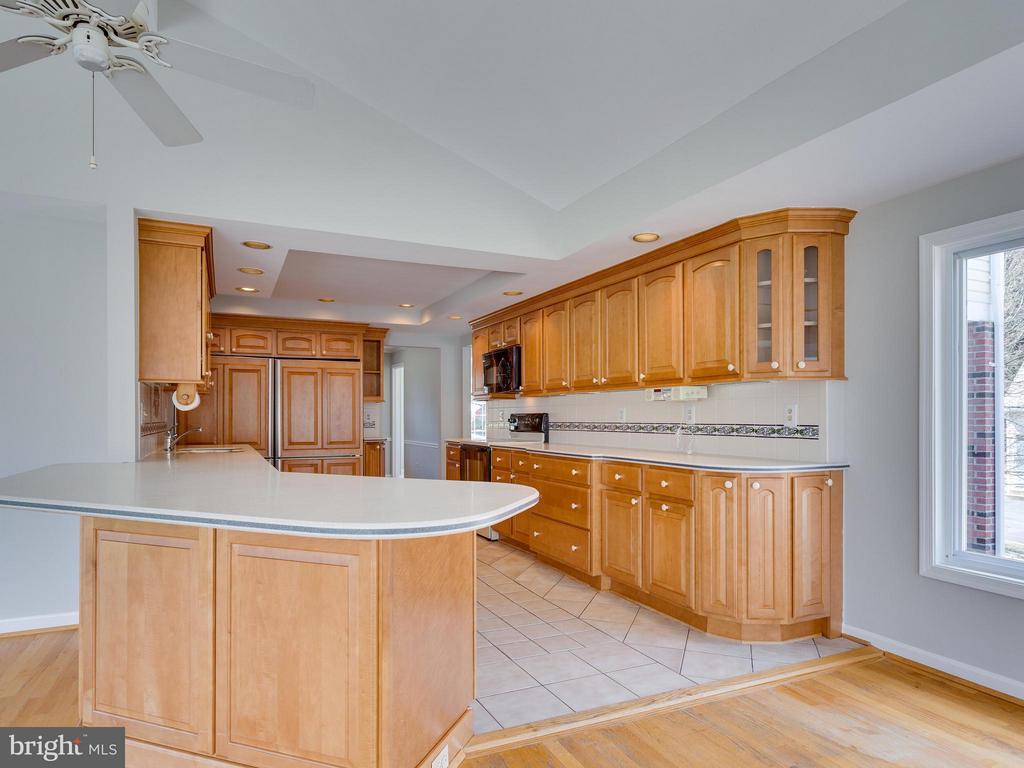 Kitchen - 11414 WAPLES MILL RD, OAKTON