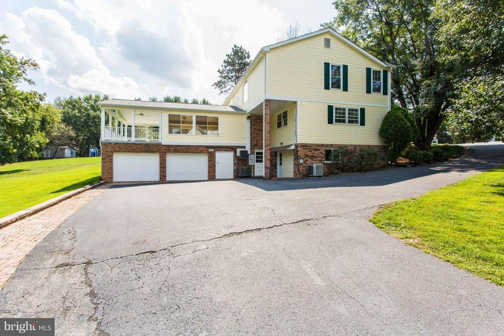 Attached Garage & Large Driveway - 11414 WAPLES MILL RD, OAKTON