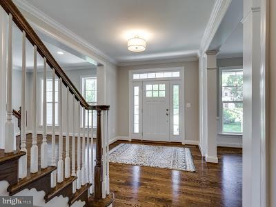 Foyer - 6559 BROOKS PL, FALLS CHURCH