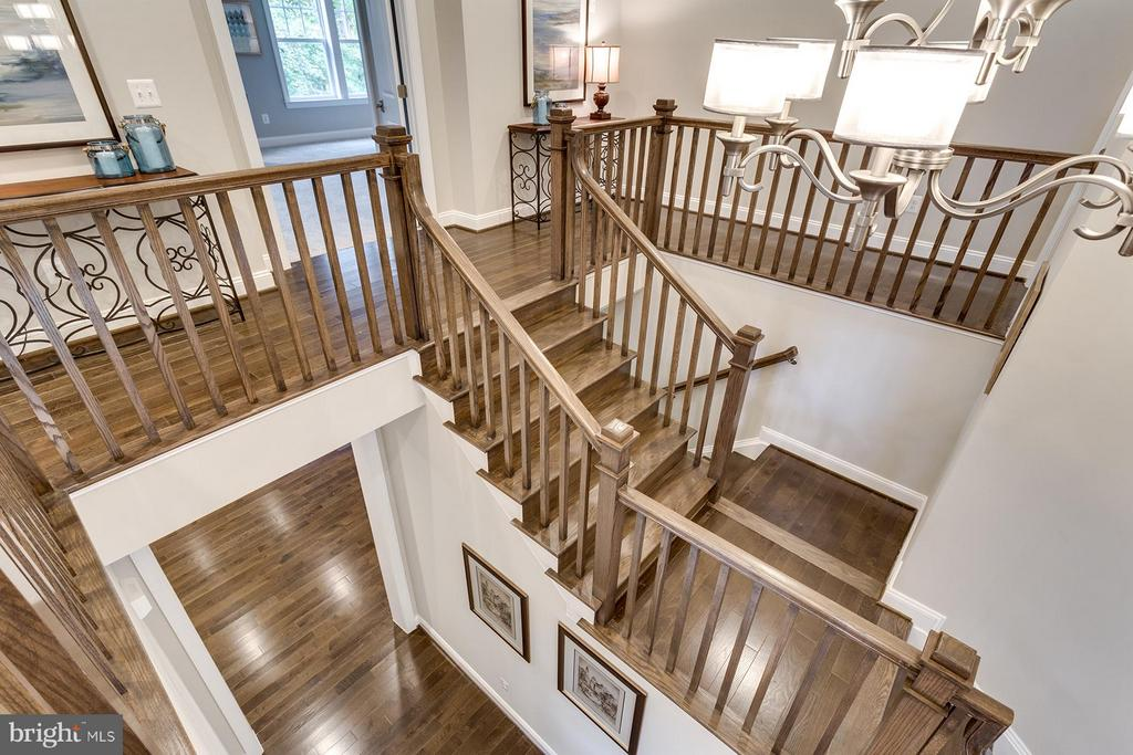 Entrance stairs - 6559 BROOKS PL, FALLS CHURCH