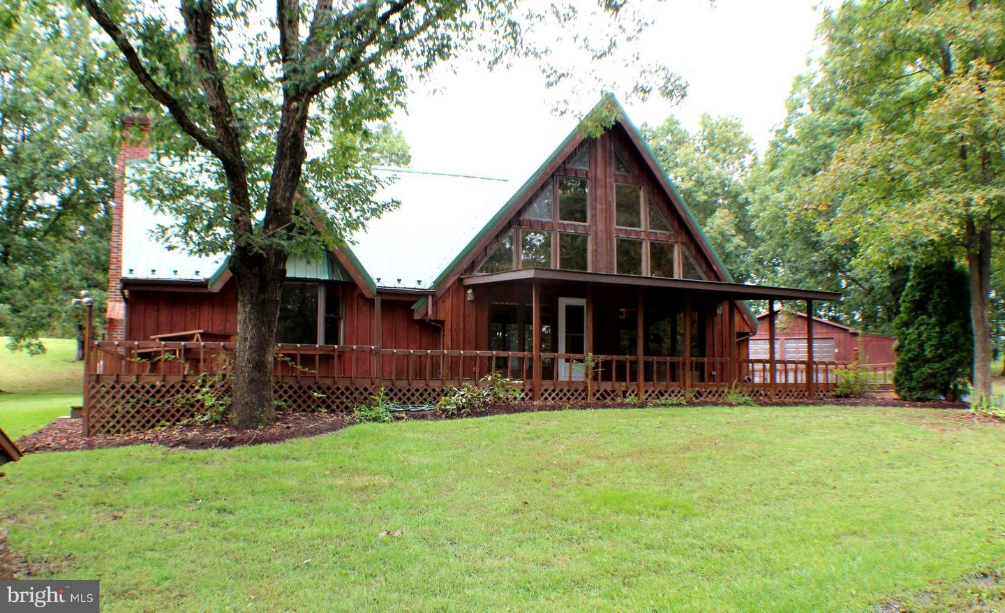 Single Family for Sale at 61 Robin Ln Cabins, West Virginia 26855 United States