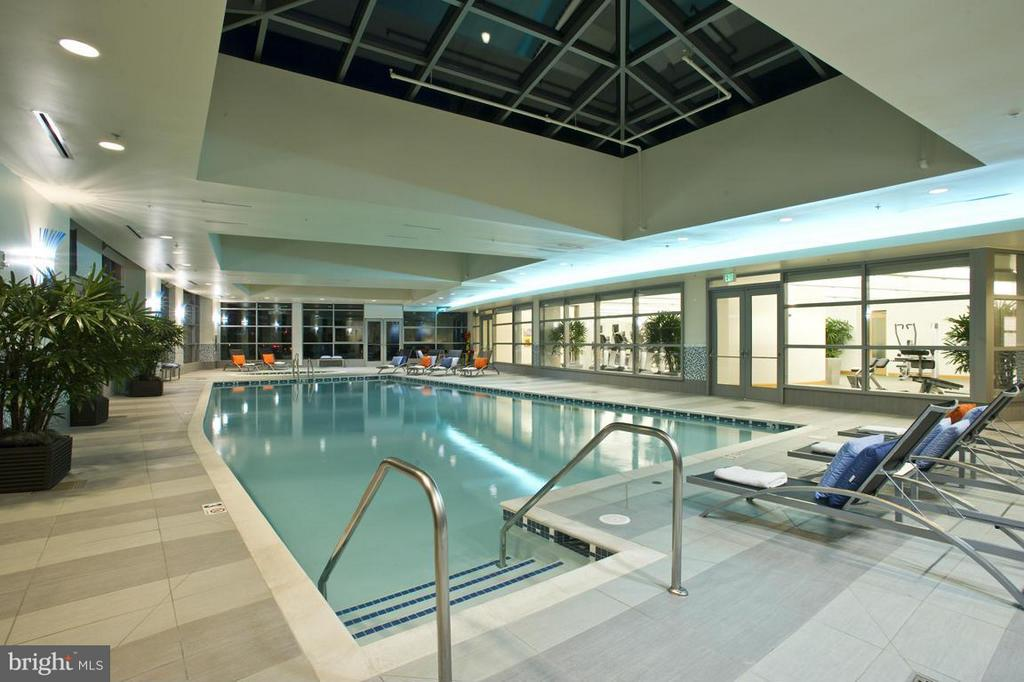 Glass enclosed Year round Pool - 1881 NASH ST #404, ARLINGTON