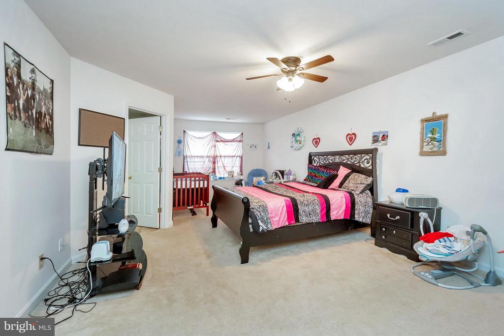 Bedroom (Master) - 11414 WYTHEVILLE CT, FREDERICKSBURG