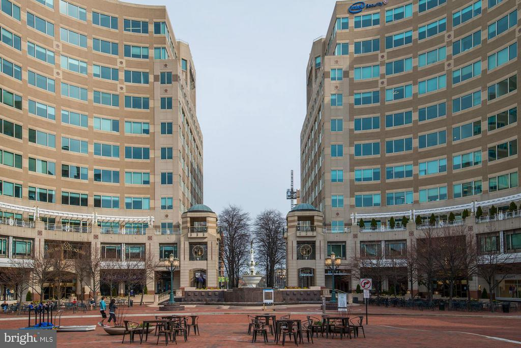 Reston Town Center Fountain - 11990 MARKET ST #1714, RESTON