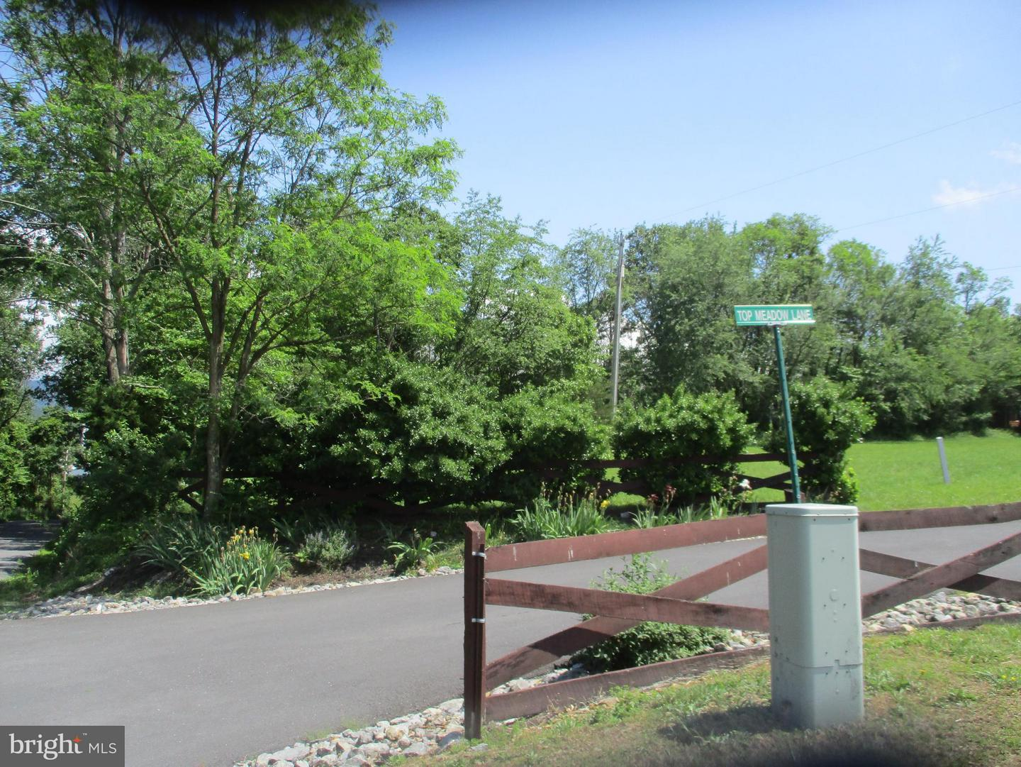 Land for Sale at Top Meadow Berkeley Springs, West Virginia 25411 United States
