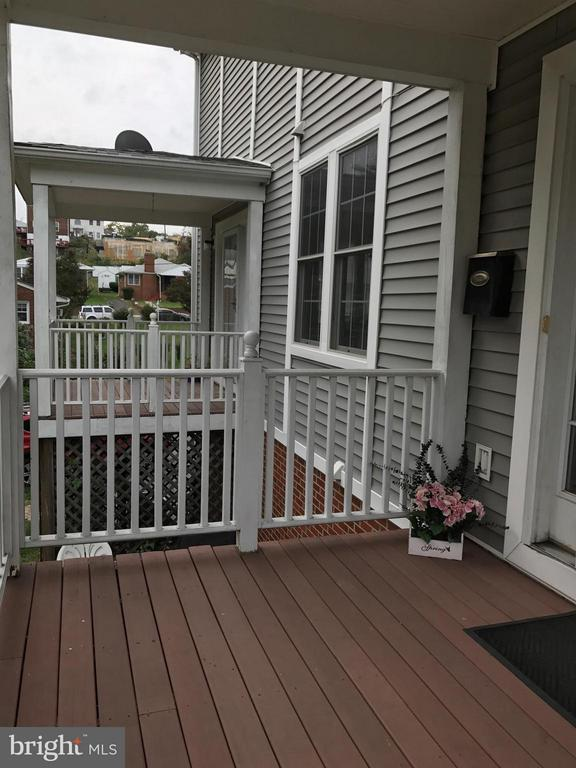 Exterior (Front) - 2022 S GLEBE RD, ARLINGTON