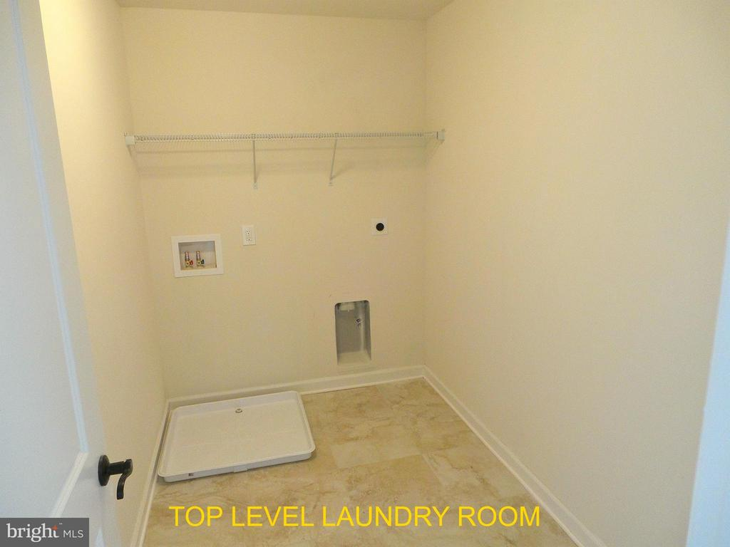 Laundry Room Bedroom Level - 18 STILLWATER LN, FREDERICKSBURG