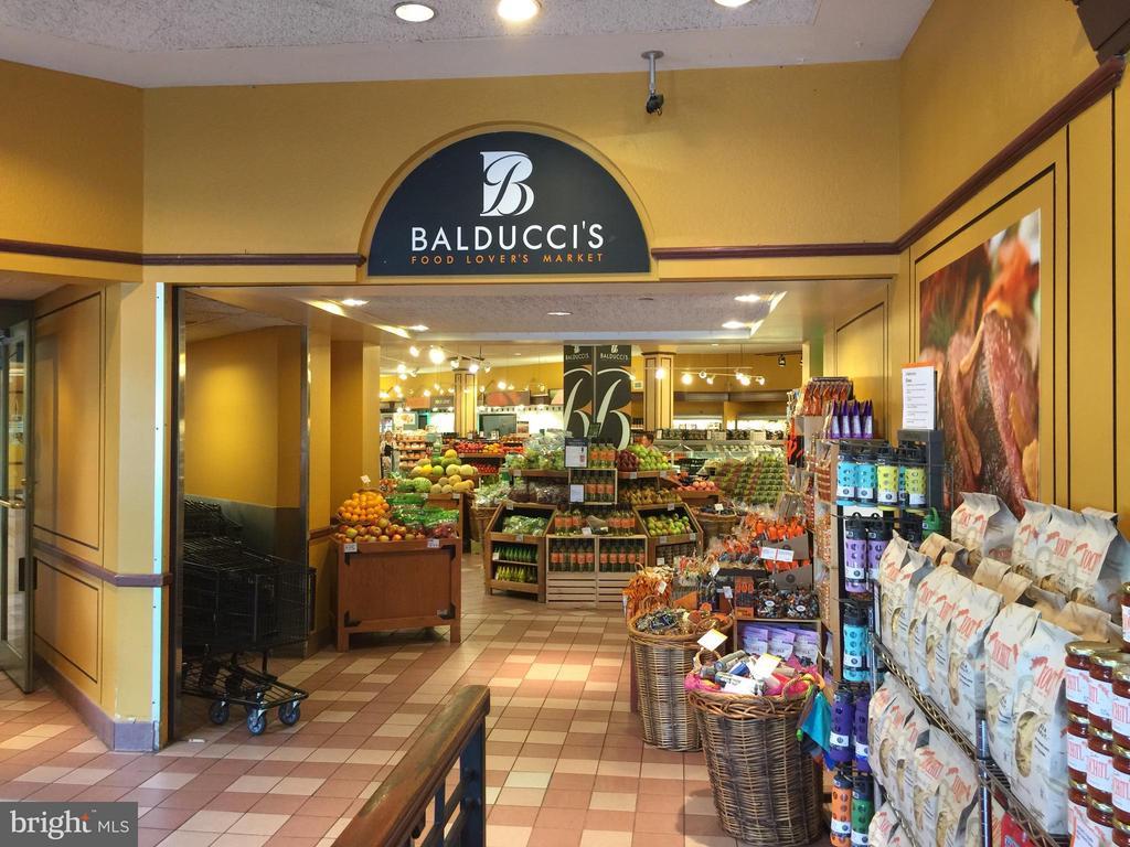 Balducci's Grocery - 718 S WASHINGTON ST #103, ALEXANDRIA