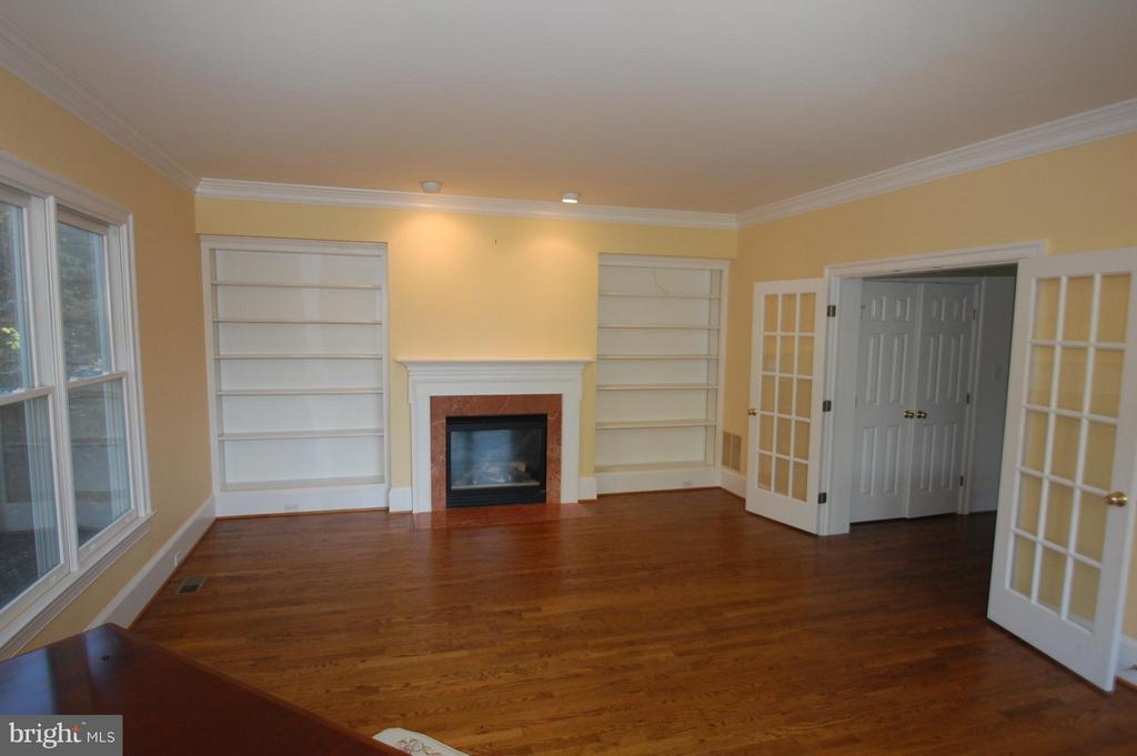 Family Room - 4853 ROCK SPRING RD, ARLINGTON