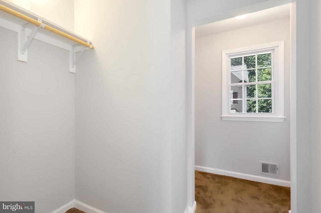 Bedroom (Master) - 8536 MONTICELLO AVE, ALEXANDRIA