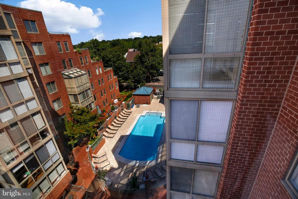 View From Unit - 1050 TAYLOR ST N #1-607, ARLINGTON