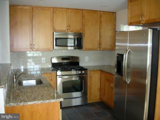 Lower Unit Kitchen - 815 23RD ST S, ARLINGTON