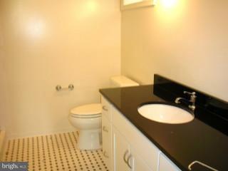 Lower Unit Bath - 815 23RD ST S, ARLINGTON