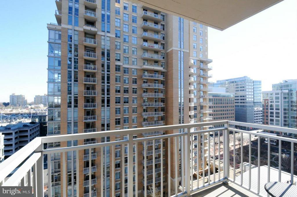 View - 11990 MARKET ST #1117, RESTON