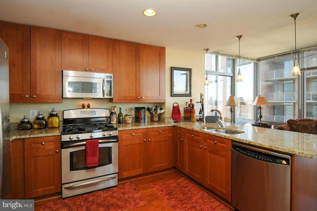 Kitchen - 11990 MARKET ST #1117, RESTON