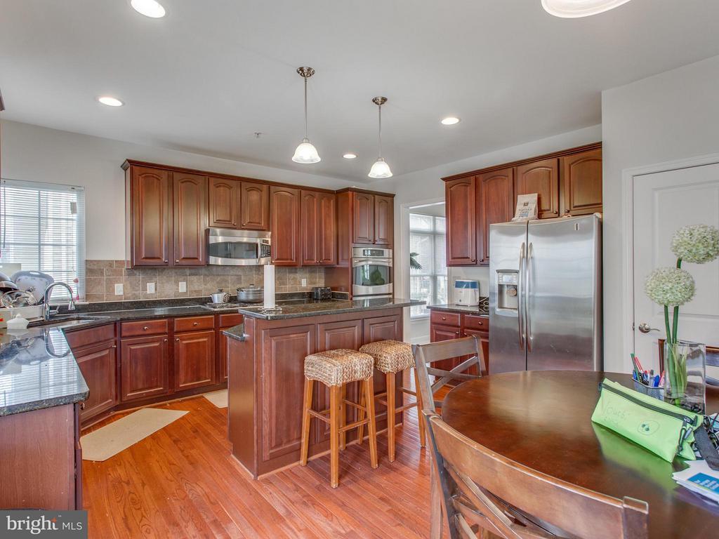 Kitchen - 1518 MISSISSIPPI AVE SE, WASHINGTON
