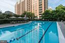 Swimming pool - 11710 OLD GEORGETOWN RD #1127, NORTH BETHESDA