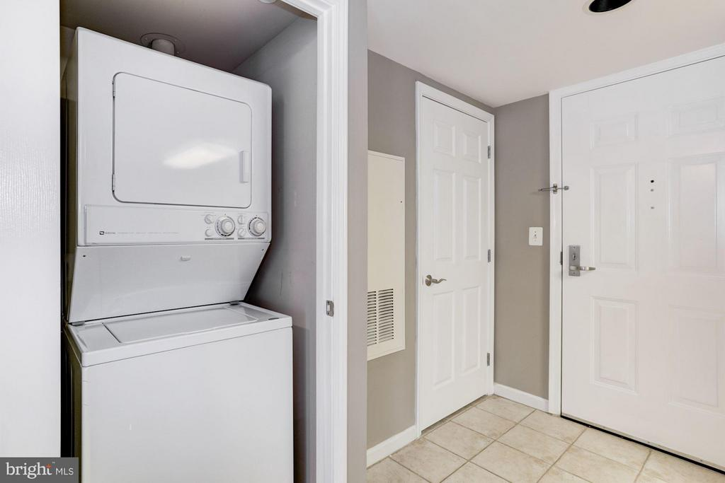 Laundry Room - 11710 OLD GEORGETOWN RD #1127, NORTH BETHESDA