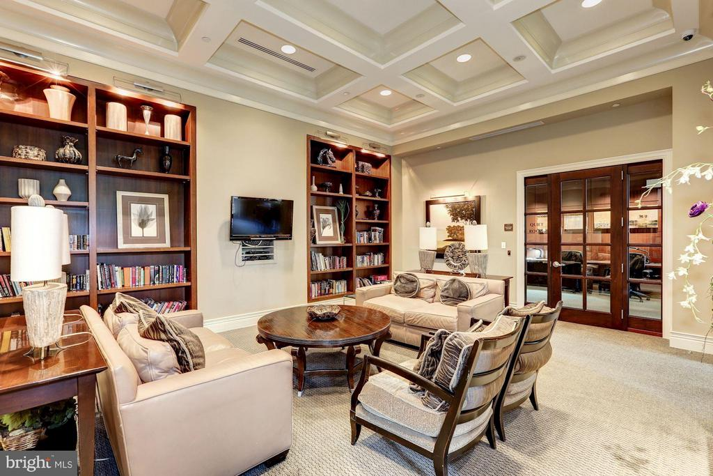 Library - 11710 OLD GEORGETOWN RD #1127, NORTH BETHESDA
