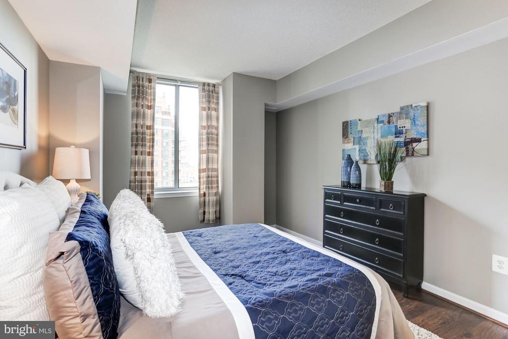 Bedroom 1 - 11710 OLD GEORGETOWN RD #1127, NORTH BETHESDA