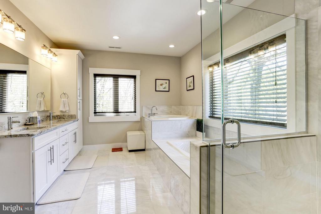 Master Bathroom - 7627 LISLE AVE, FALLS CHURCH