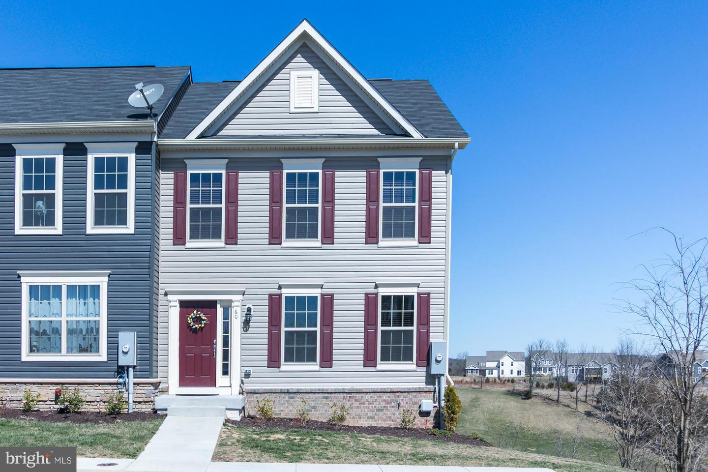 Single Family for Sale at 60 Niblick Sq Front Royal, Virginia 22630 United States