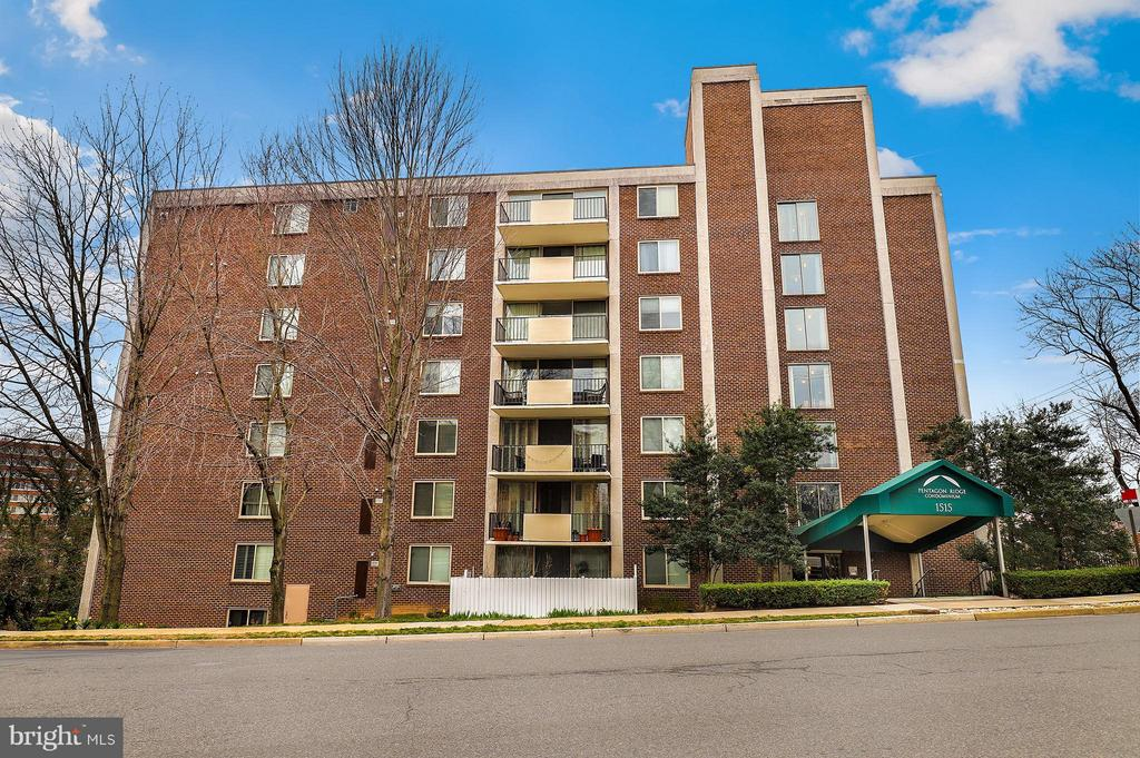 Exterior (Front) - 1515 ARLINGTON RIDGE RD #702, ARLINGTON