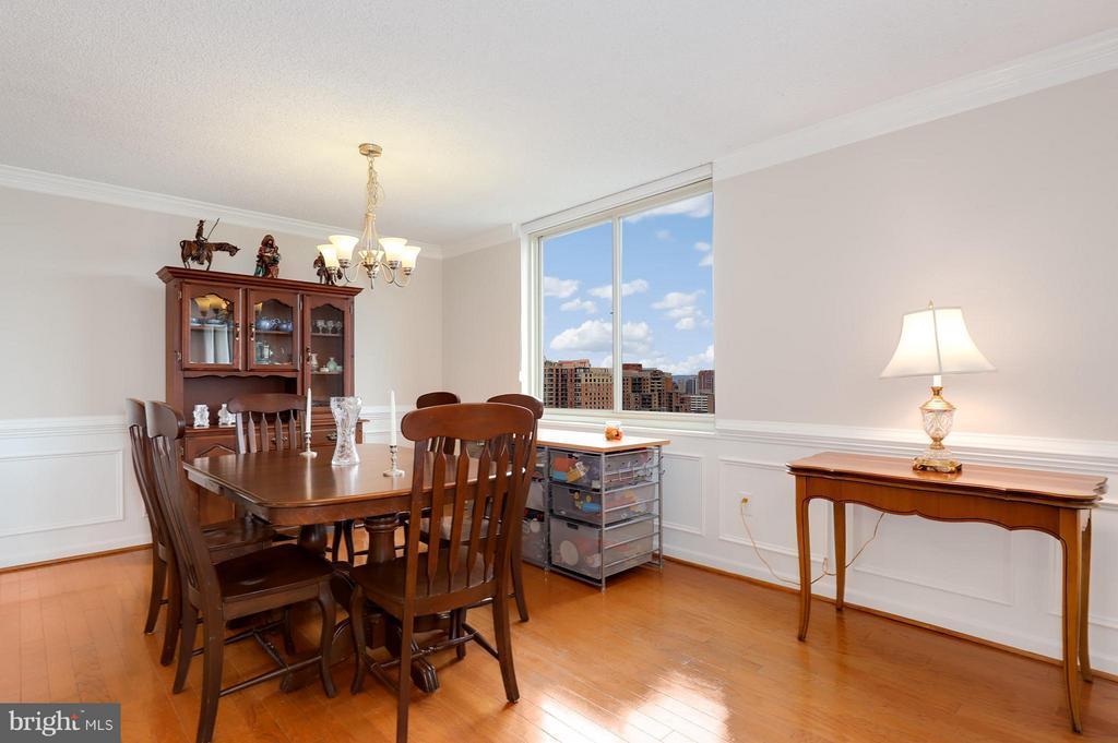 Dining Room - 1515 ARLINGTON RIDGE RD #702, ARLINGTON