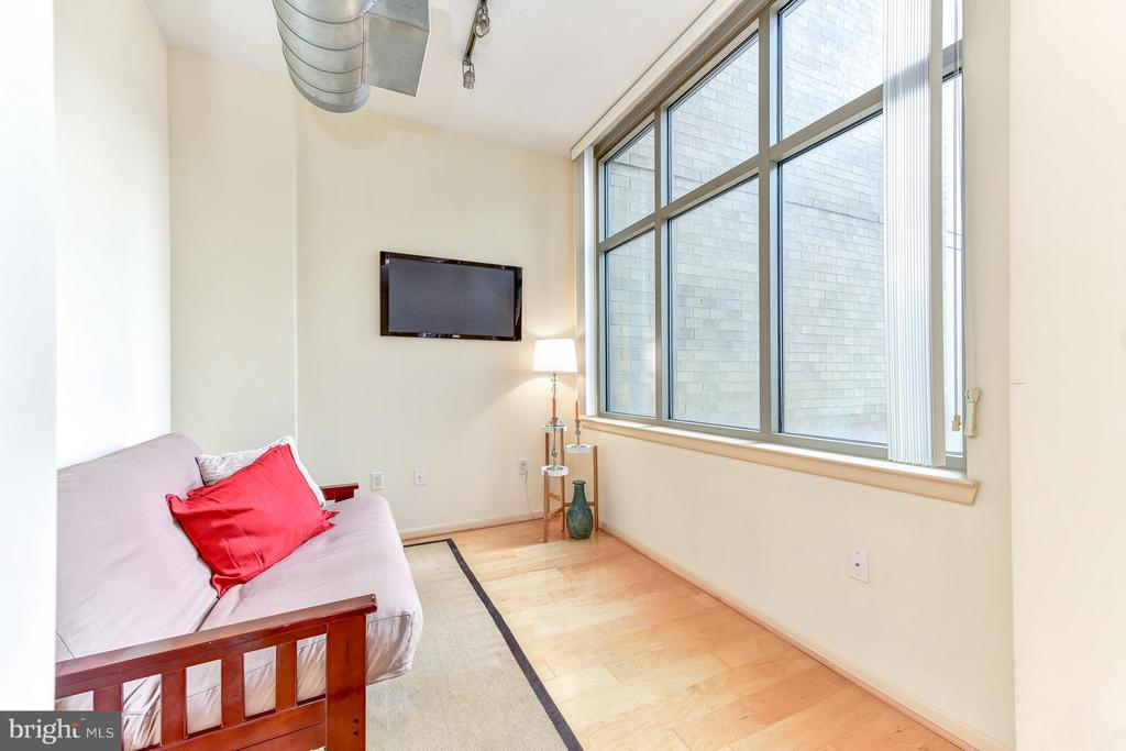 Sun-drenched Den view - 811 4TH ST NW #521, WASHINGTON