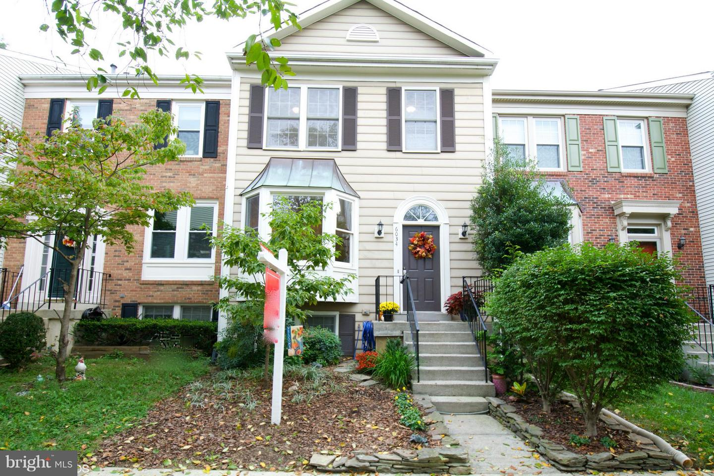 Photo of home for sale at 6034 Joust Lane, Alexandria VA