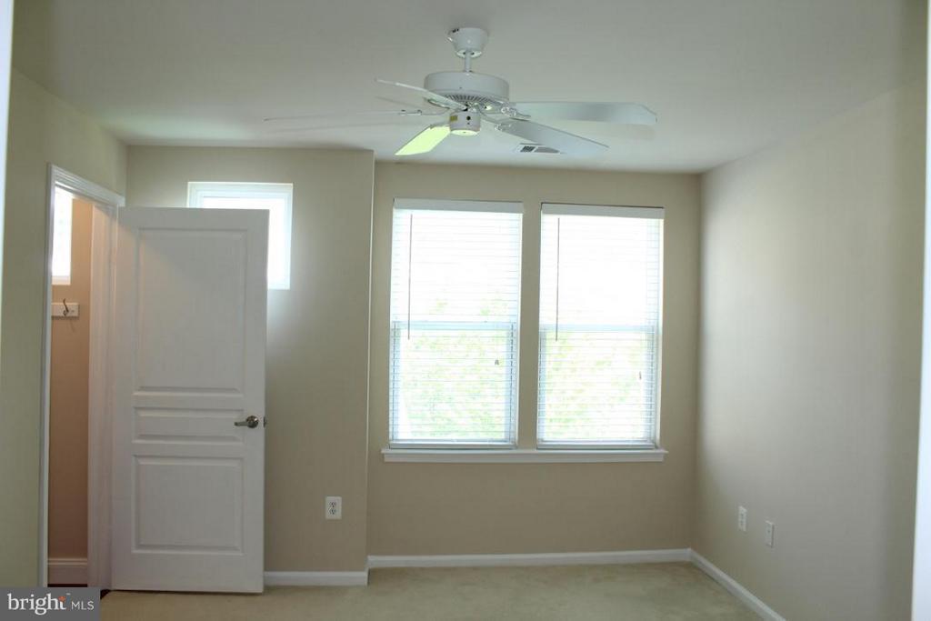 Second Floor Bedroom/ Loft - 12001 MARKET ST #446, RESTON