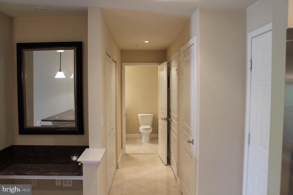 Foyer - 12001 MARKET ST #446, RESTON