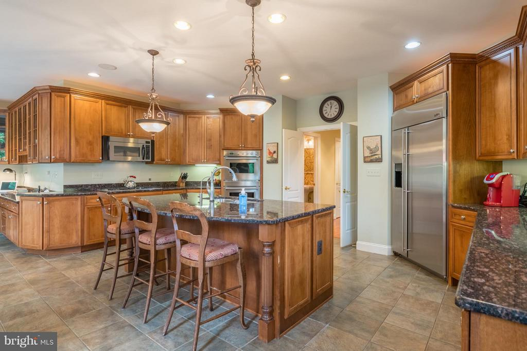 Kitchen with Large Island~& Stainless Appliances - 3013 ROSE CREEK CT, OAKTON