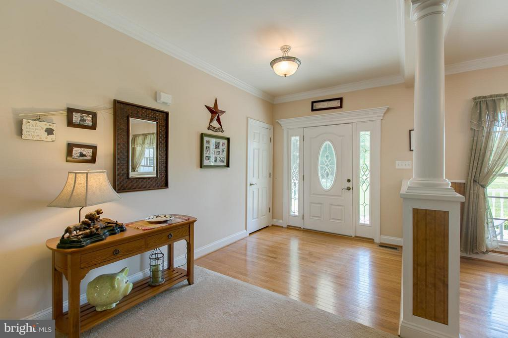Hardwood Floor Foyer - 615 BETHEL CHURCH RD, FREDERICKSBURG