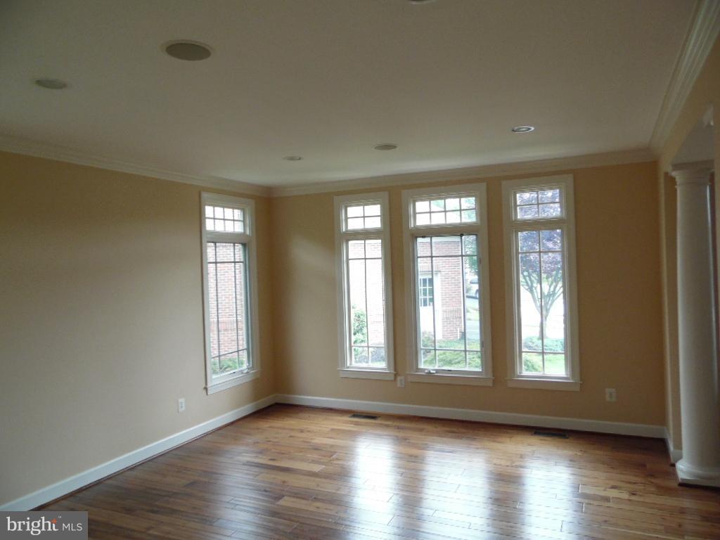 Formal Living Room - 23077 OGLETHORPE CT, ASHBURN