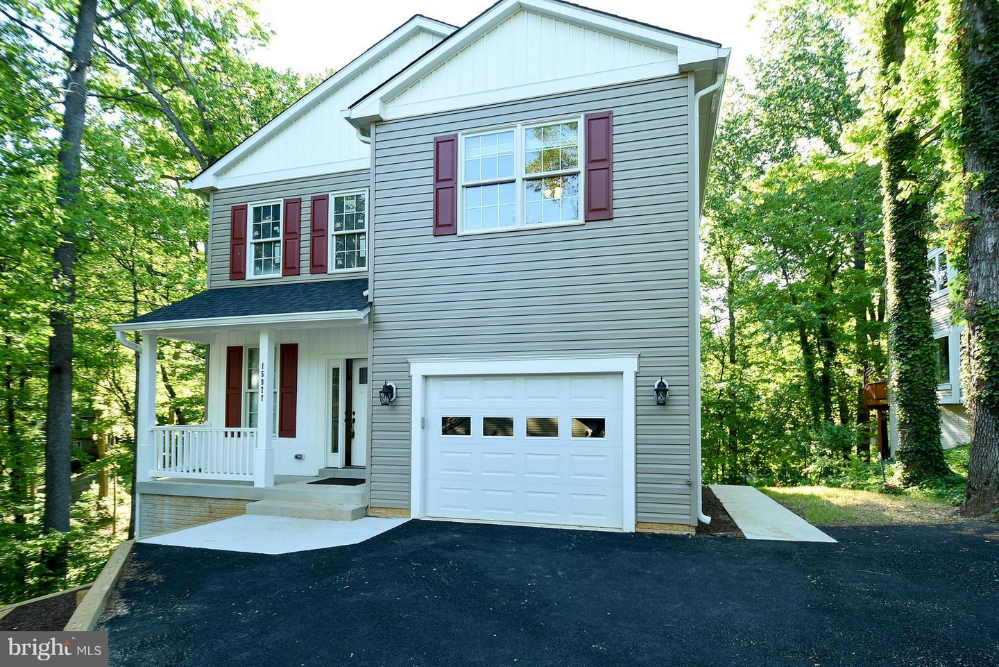 Single Family for Sale at 15977 Cove Ln Dumfries, Virginia 22025 United States