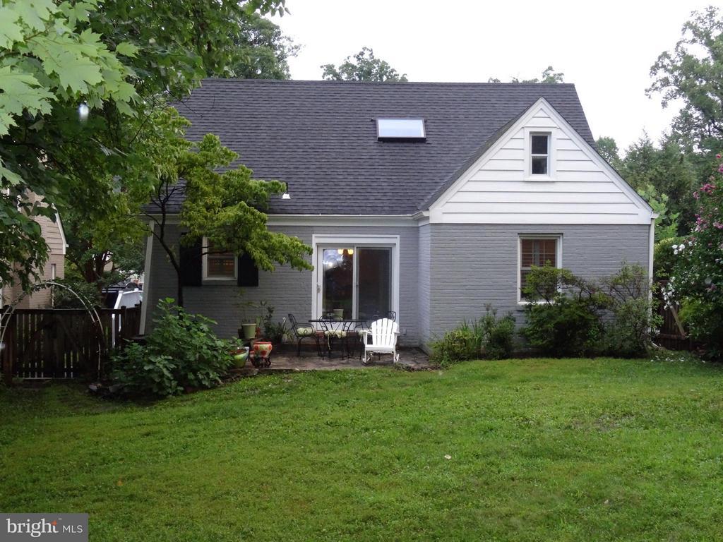 Exterior (Rear) - 876 N KENSINGTON ST, ARLINGTON
