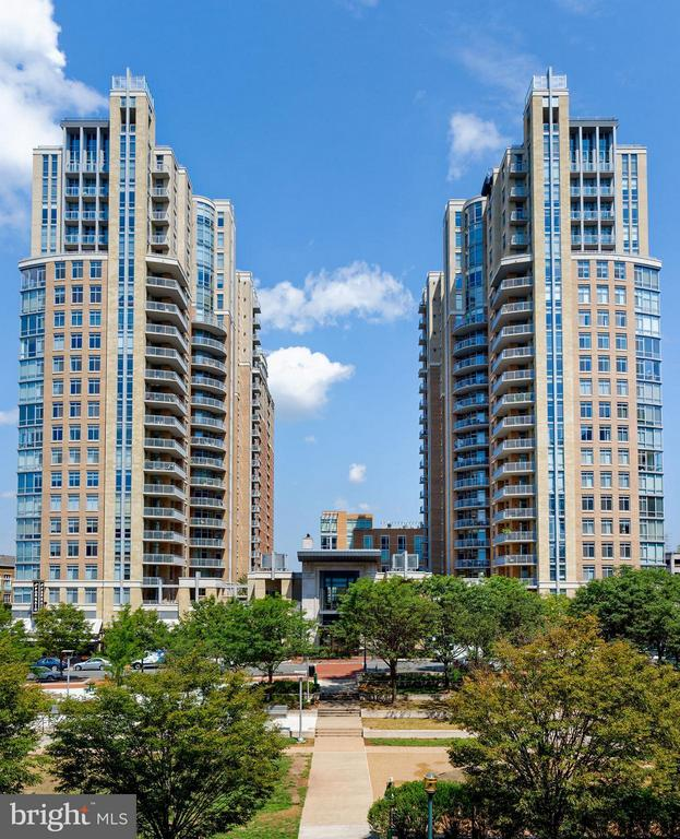 Welcome to Penthouse Unit #1801 - 11990 MARKET ST #1801, RESTON
