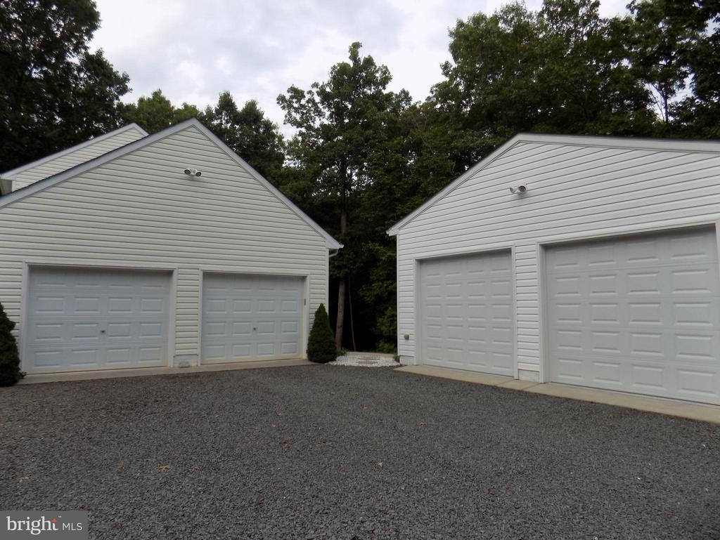 Exterior (General) Space for 4 cars - 10285 REDBUD RD, UNIONVILLE