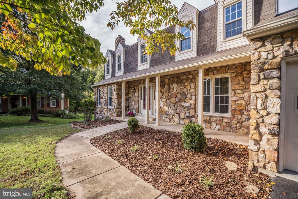 7214  COUNTRYWOOD COURT, West Springfield, Virginia
