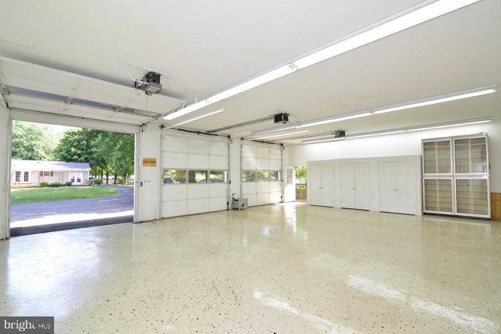 garage - 514 DRY MILL RD SW, LEESBURG
