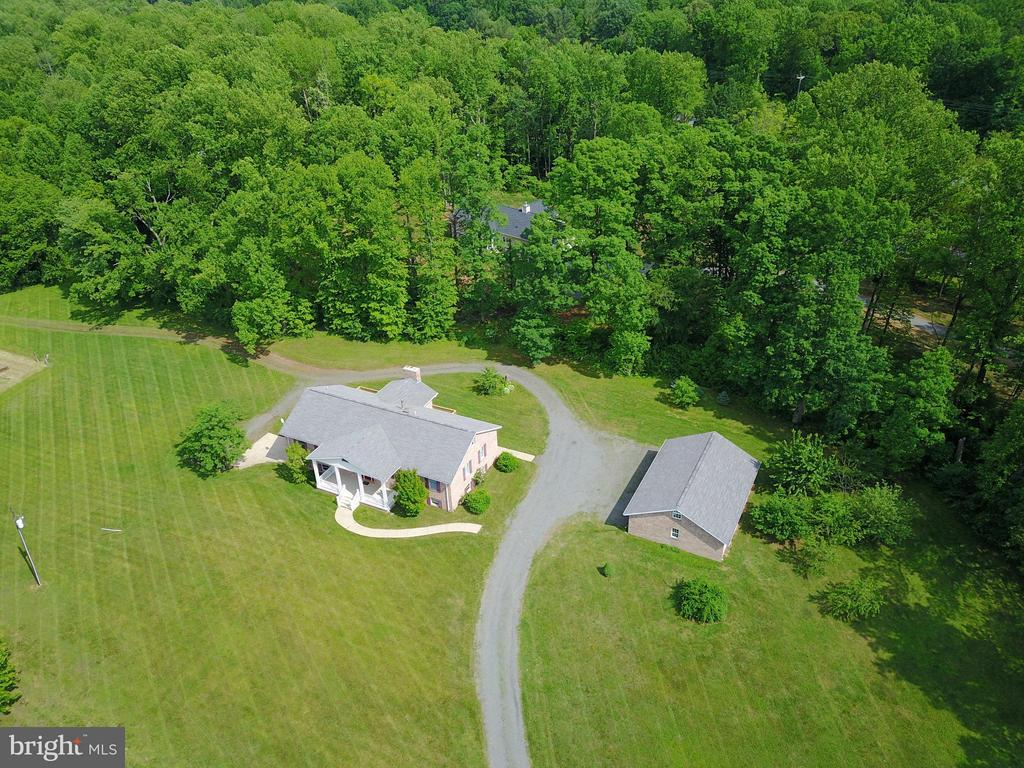 View - 15224 WATERLOO RD, AMISSVILLE
