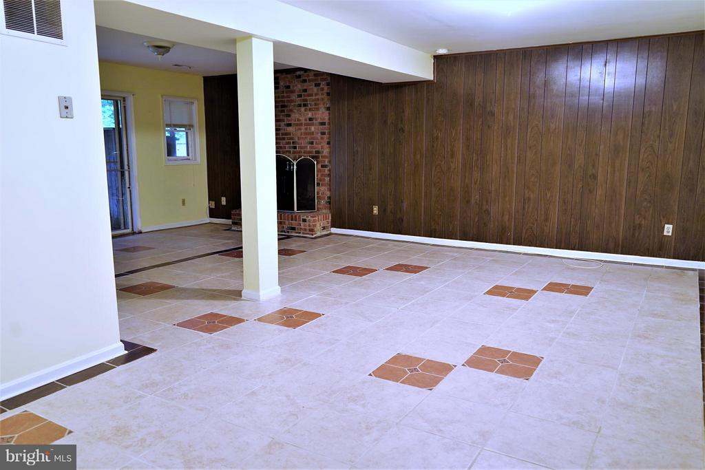Basement rec'-room - 6450-CT HONEY TREE CT, BURKE