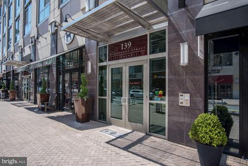139 WATERFRONT ST #503