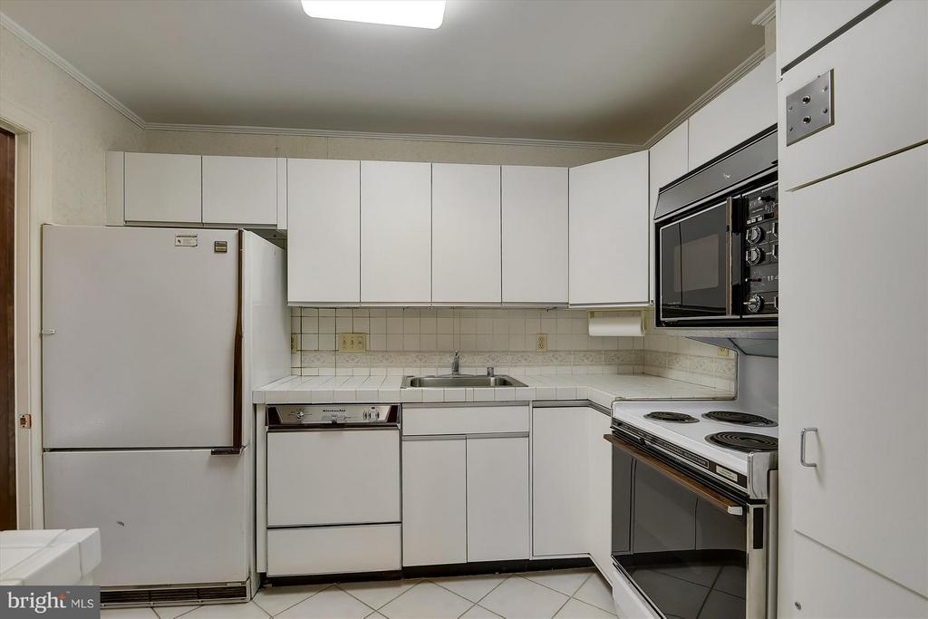 2nd Kitchen - 2034 O ST NW, WASHINGTON