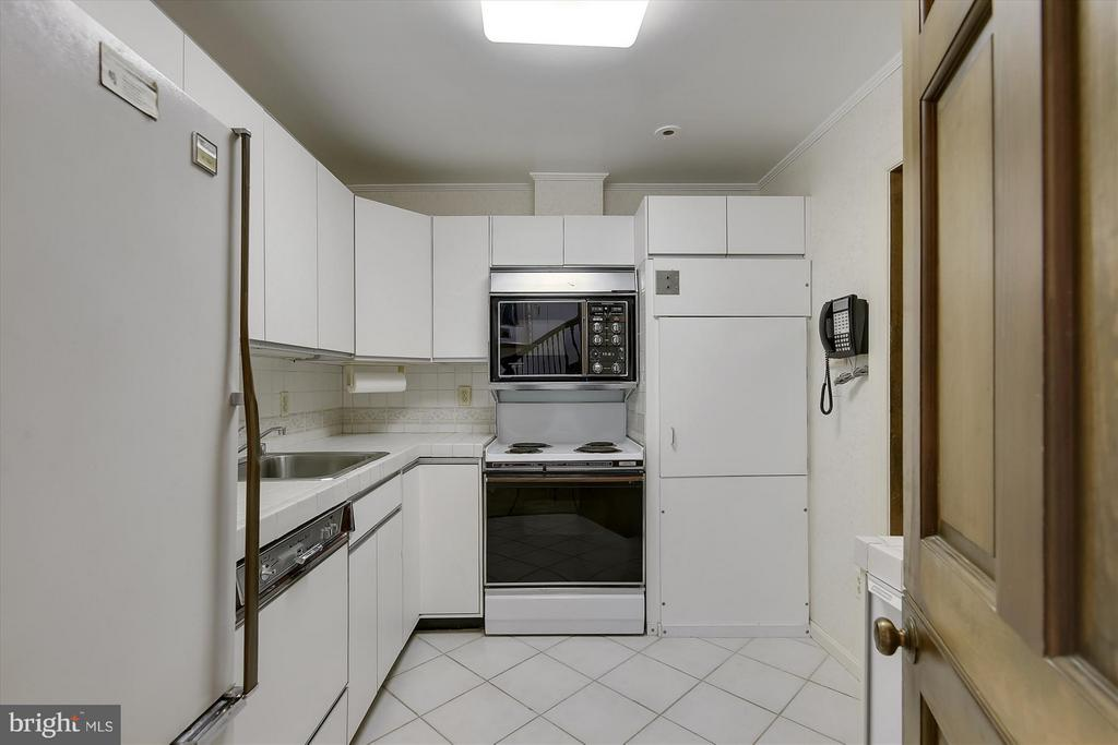 2nd Kitchen - 2034 O ST NW, WASHINGTON