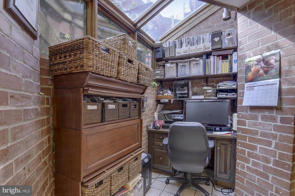 Office in Kitchen - 2034 O ST NW, WASHINGTON