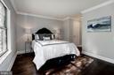 Spacious master bedroom - 3903 GOLF TEE CT #326, FAIRFAX