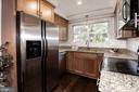 Stainless steel appliances - 3903 GOLF TEE CT #326, FAIRFAX